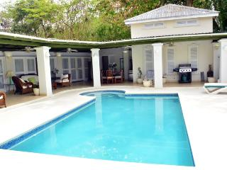 Lovely House with Internet Access and A/C - Holetown vacation rentals