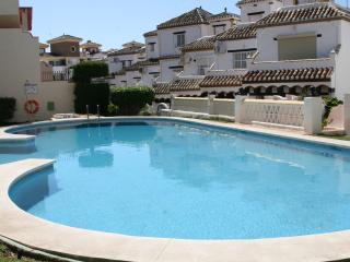 Charming Andalusian townhouse - Sitio de Calahonda vacation rentals