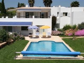 4 bedroom Villa with Deck in Carvoeiro - Carvoeiro vacation rentals
