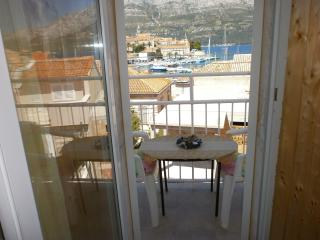 Wonderful 1 bedroom Korcula Town Condo with Internet Access - Korcula Town vacation rentals