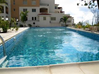 Nice Condo with A/C and Hot Tub - Tala vacation rentals