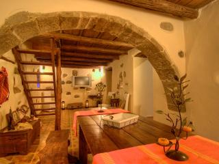 Villa 5 Anemoi, let us travel you to the past century! - Lefkogia vacation rentals