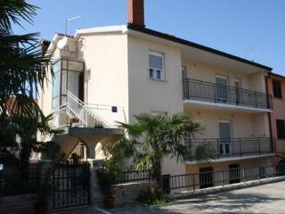 Private suites Porec 1124 3-room-suite - Porec vacation rentals