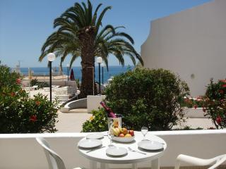 Apartment Piscina - Albufeira vacation rentals