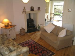 Lovely Cottage with Internet Access and Toaster - Little Petherick vacation rentals
