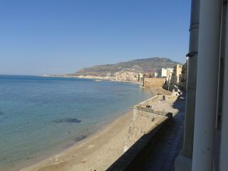 2 bedroom Condo with A/C in Province of Trapani - Province of Trapani vacation rentals