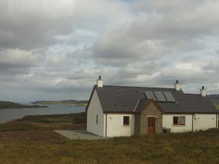 Comfortable 2 bedroom Portree Cottage with Internet Access - Portree vacation rentals