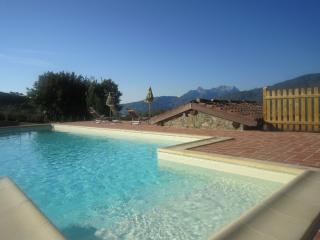Emanuele Metato - Castiglione Di Garfagnana vacation rentals