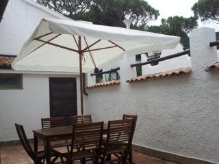 Depandance in villa a 100 mt dalla spiaggia - San Felice Circeo vacation rentals