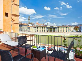 Florence Centre: 2 RINASCIMENTO - Florence vacation rentals