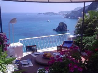 Nice Villa with Internet Access and A/C - Ponza vacation rentals