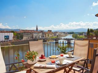 Florence Centre: TERRAZZE 2 - Florence vacation rentals