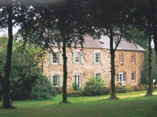 Luxury 18th Century French Country House. - Saint-Mayeux vacation rentals