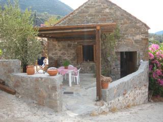 Perfect 2 bedroom Vacation Rental in Attica - Attica vacation rentals