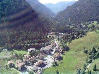 appartamento nel verde della montagna - Pertica Alta vacation rentals