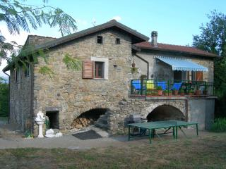 3 bedroom House with Internet Access in Mulazzo - Mulazzo vacation rentals