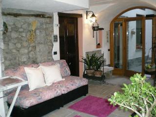 """"""" Romantic"""" Nice Room With Bathroom - for 4 people - Menaggio vacation rentals"""