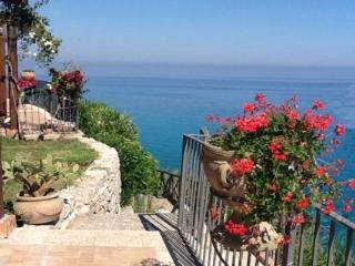 Holiday villa with direct sea access - Parghelia vacation rentals