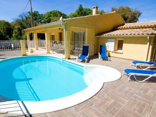 maison piscine privée - Ghisonaccia vacation rentals