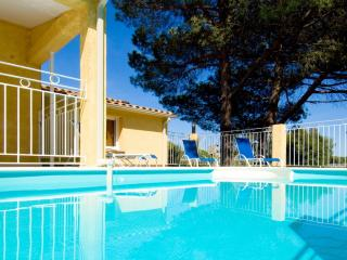 Bright 3 bedroom Vacation Rental in Ghisonaccia - Ghisonaccia vacation rentals
