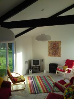 Charming House in Saint Aaron with Satellite Or Cable TV, sleeps 6 - Saint Aaron vacation rentals