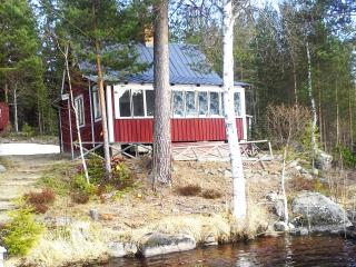 3 bedroom Cottage with Short Breaks Allowed in Hudiksvall - Hudiksvall vacation rentals
