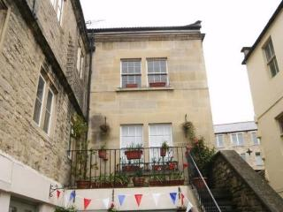 Lovely 1 bedroom Condo in Bradford-on-Avon with Washing Machine - Bradford-on-Avon vacation rentals