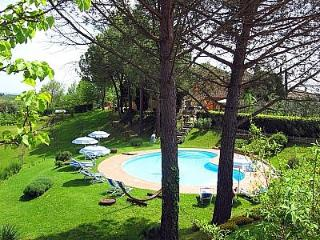 2 bedroom House with Deck in San Gimignano - San Gimignano vacation rentals