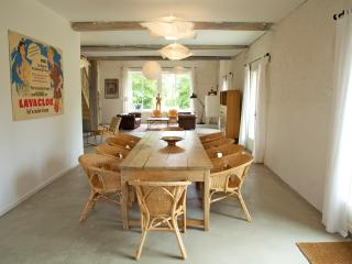 Cozy 3 bedroom Gite in Pech-Luna with Internet Access - Pech-Luna vacation rentals
