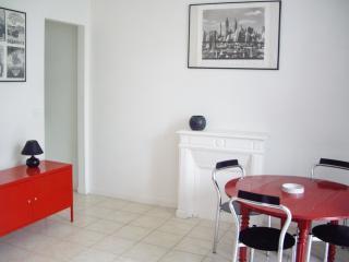 100M PLAGE Bel Appartement Secteur Casino LA BAULE pour vos vacances mer, WiFi - La-Baule-Escoublac vacation rentals