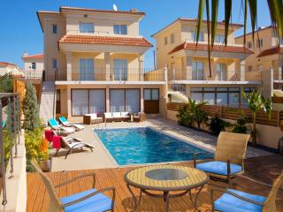 Beach Holiday 5 bed Villa 250m frm beach&ameneties - Protaras vacation rentals