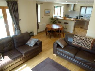 Perfect Cottage with Internet Access and Dishwasher - Baslow vacation rentals