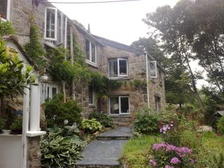 Grace's Studio at Lamorna Hideaway - Lamorna vacation rentals