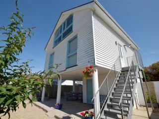 Comfortable 3 bedroom House in Camber with Deck - Camber vacation rentals