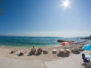 Beach Villa Tamaris -app Zorica 4 pax - Podstrana vacation rentals