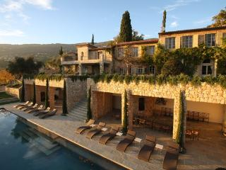 Bastide Le Castelet, with guesthouse and cabanon - Peymeinade vacation rentals