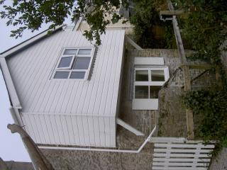 Comfortable 3 bedroom Fowey Cottage with Outdoor Dining Area - Fowey vacation rentals