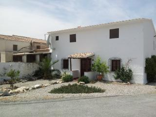 Spacious 4 bedroom House in Taberno - Taberno vacation rentals