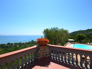 Top Italian beach Villa, sea view pool and parking - Villammare vacation rentals