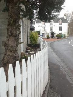 Perfect 3 bedroom Pitlochry Cottage with Deck - Pitlochry vacation rentals