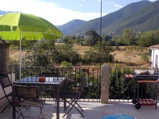 2 bedroom House with Internet Access in Pettorano sul Gizio - Pettorano sul Gizio vacation rentals
