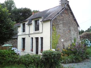 Charming 3 bedroom Cottage in Malestroit - Malestroit vacation rentals