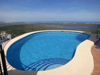 Casa Colina - Beautiful villa with stunning views - Denia vacation rentals