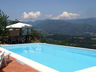 Cottage with private pool fantastic views WIFI - Castelnuovo di Garfagnana vacation rentals