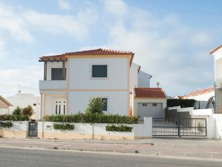Baleal Beach Holiday Villa - The Sun Terrace House - Baleal vacation rentals