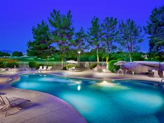 Flash Promo 10% Off Now | 5 Pools, Prime Location - Phoenix vacation rentals