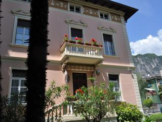 Villa Lucia 4 splendida struttura in stile liberty - Riva Del Garda vacation rentals