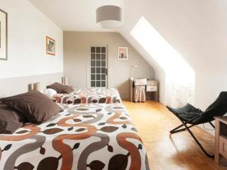 Romantic 1 bedroom Bed and Breakfast in Ploudalmezeau with Internet Access - Ploudalmezeau vacation rentals