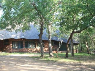 CHIMELUS BUSHHUT - Marloth Park vacation rentals