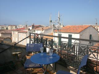 Lovely townhouse in old Antibes - Antibes vacation rentals